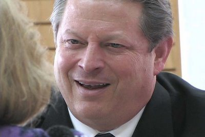 Photo of Al Gore, who predicted North Pole would be ice-free by 2016, was paid $320k by Australian govt to conduct 'climate training'