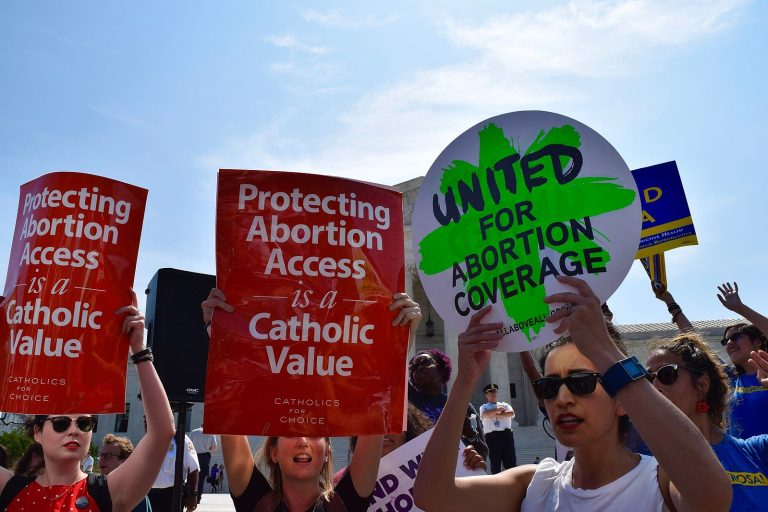 This Is America: 88% Of Democrats And 52% Of Republicans Want To Keep Roe v. Wade