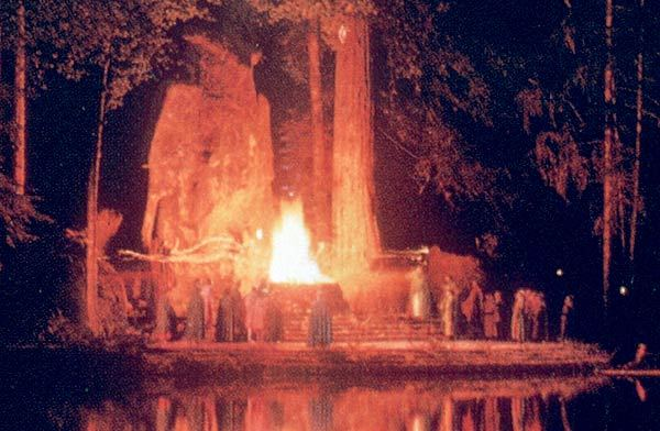 "Photo of The Bohemian Grove: Where Conservative ""Christian"" Leaders Go to Dabble in the Occult"