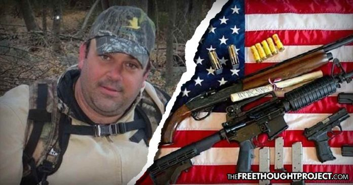 Photo of Cops Attempt to Seize Veteran's Guns With No Warrant, But He Refuses to Submit and Wins