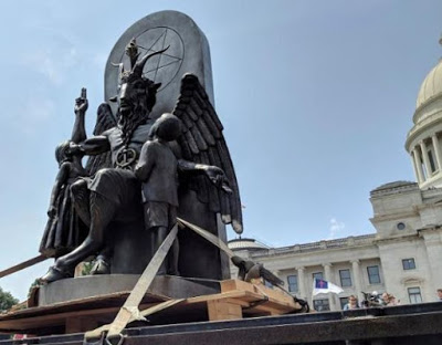 Photo of Satan comes to Arkansas: 8½-ft Baphomet statue unveiled in state capitol