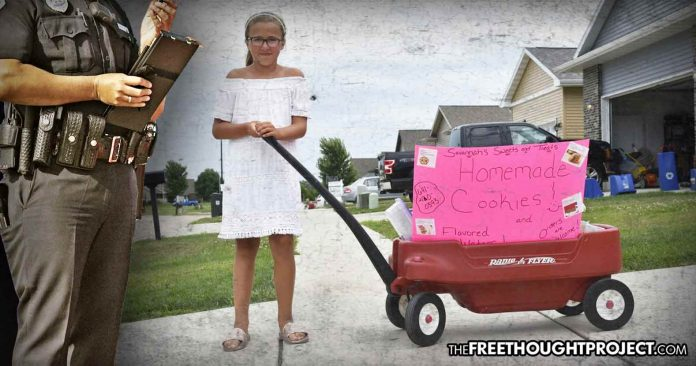 Photo of Not 1, Not 2, But 3 Neighbors Called the Cops to Report a Little Girl Selling Cookies