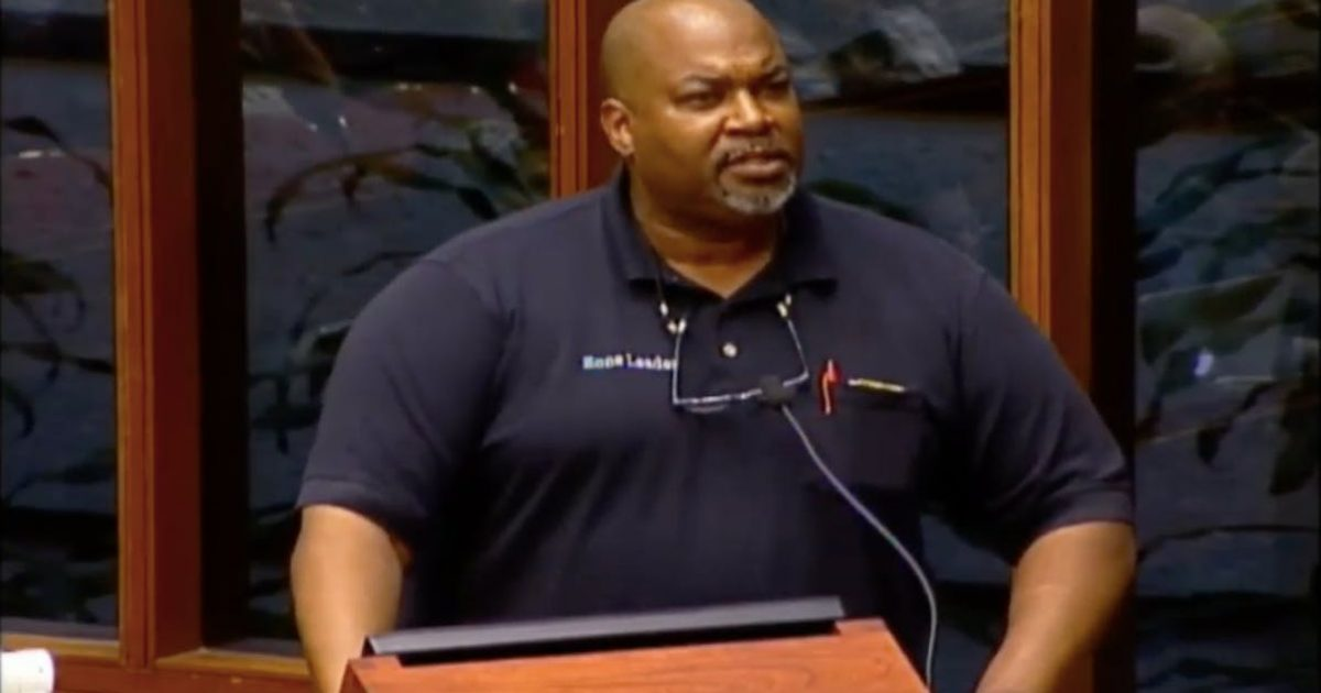 "Photo of Mr. ""I'm The Majority"" Mark Robinson Gives Epic Pro-Gun Speech"