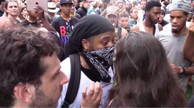 Photo of Antifa Mob Attacks Trump Supporters: 'Supporting Donald Trump Is An Act of White Supremacy'