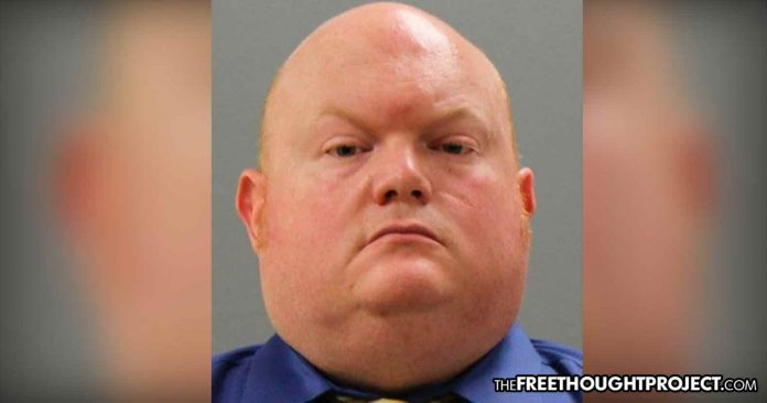 Photo of Virginia: Cop Arrested, Charged with Beating His 6-Month-Old Daughter to Death