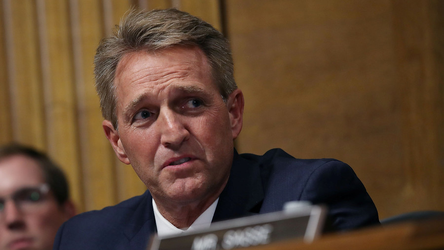 Photo of Senator Jeff Flake Admits: 'not a chance' he'd ask for FBI probe into Kavanaugh if he wanted reelection