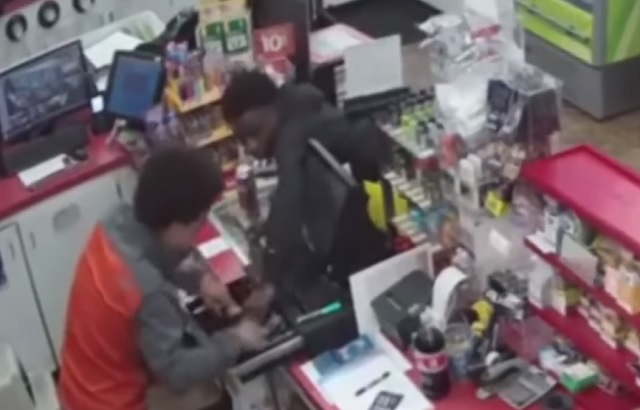 Photo of VIDEO: Teens Rob Convenience Store After Clerk Collapses From A Heart Attack
