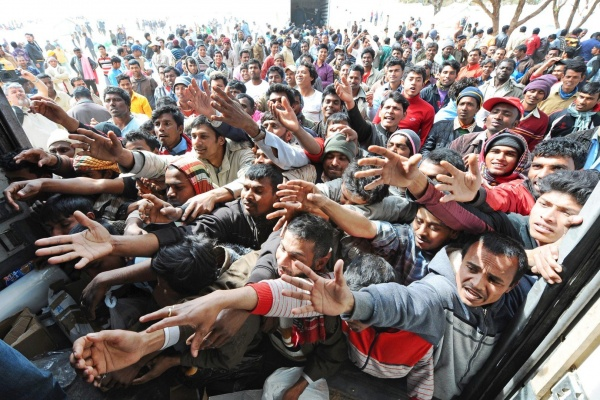 Photo of Democrats Seek to Import 5X the Number of Foreign Refugees to the U.S.
