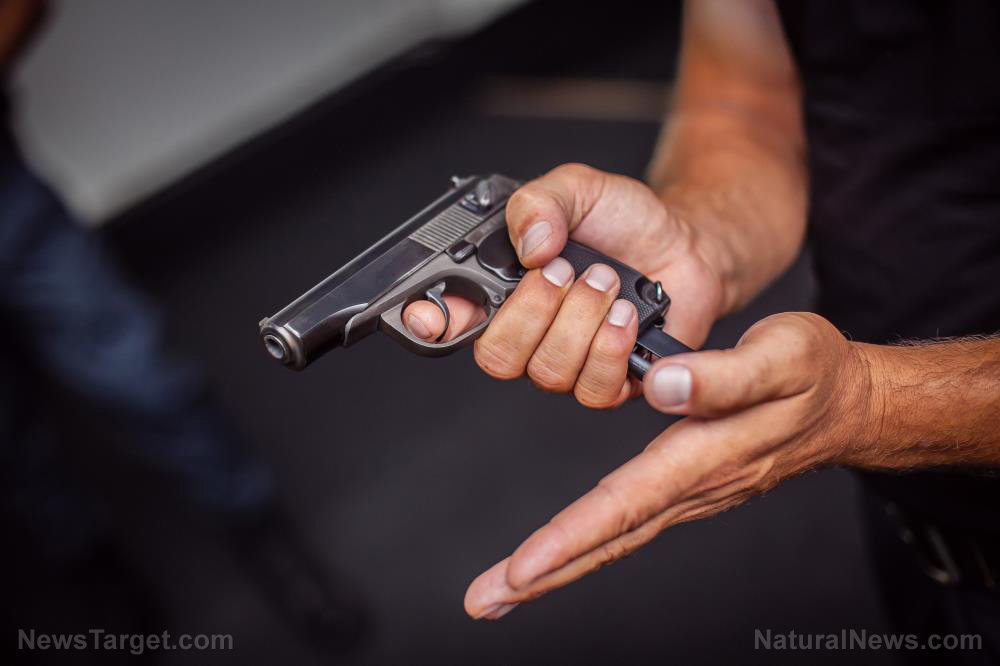 Photo of In some cities, police now take FOUR DAYS to respond to a 911 call… are you armed yet?