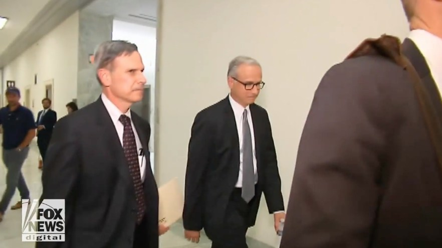 Photo of REAL collusion: Democrat lawyers met with FBI to share notes on Russia allegations before FISA warrant was issued