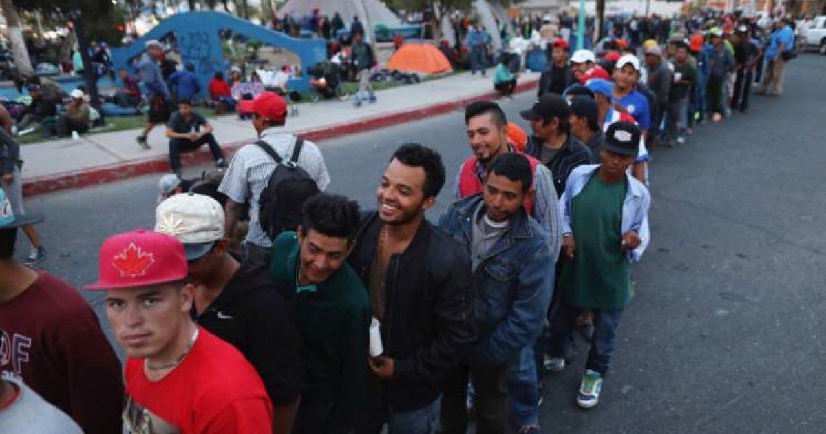 """Photo of DHS Warns """"500 Criminals"""" In Migrant Caravan As Troops Set To Begin Withdrawal"""