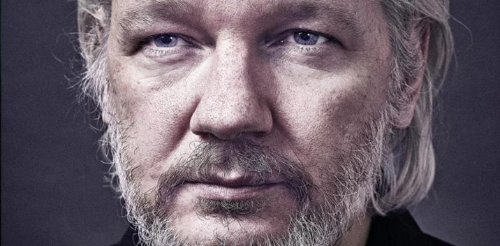 Photo of Seriously: Why is the DOJ indicting Julian Assange but not Hillary Clinton?
