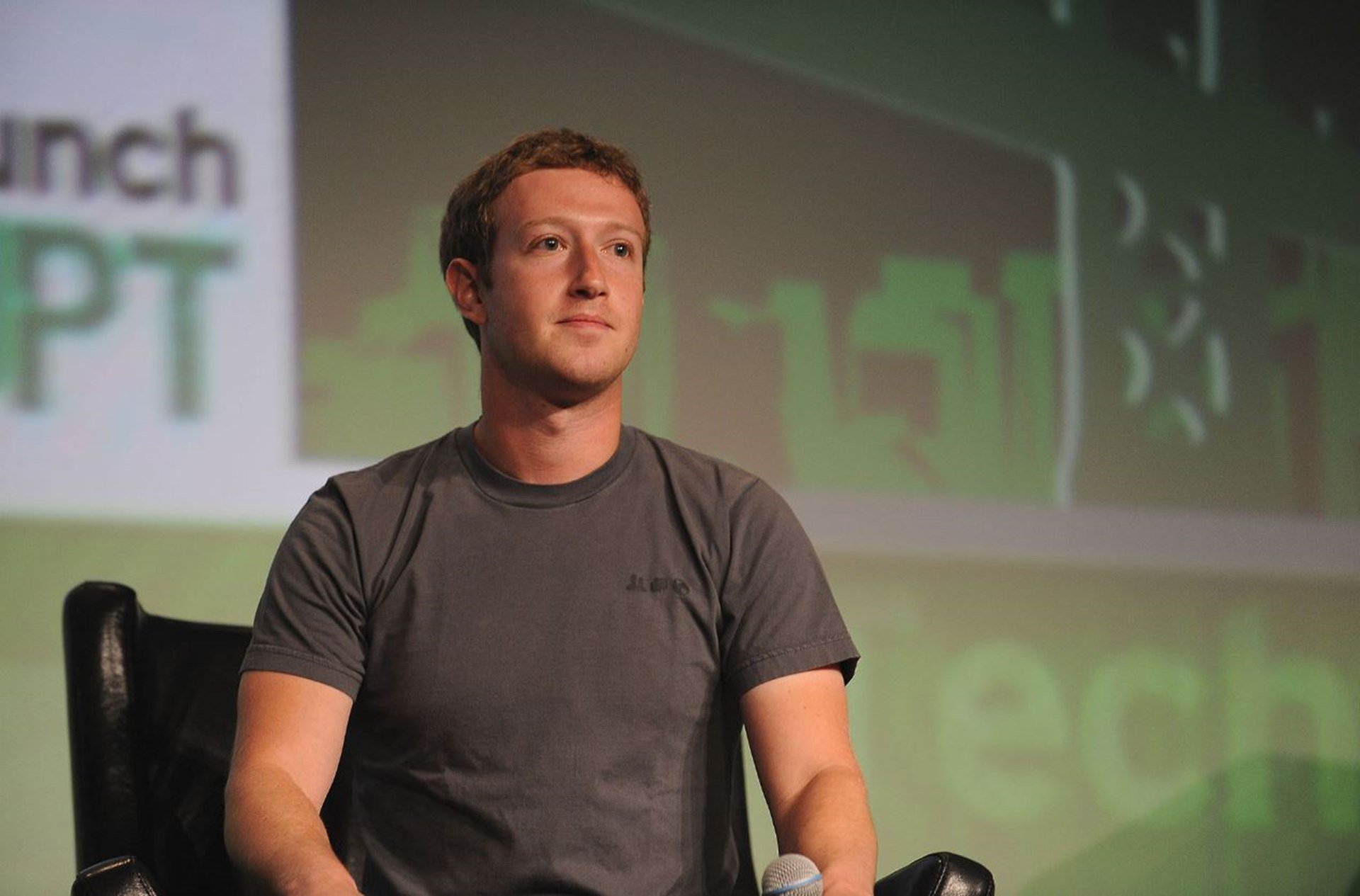 Photo of Not Too Big to Fail: Why Facebook's Long Reign May Be Coming to an End