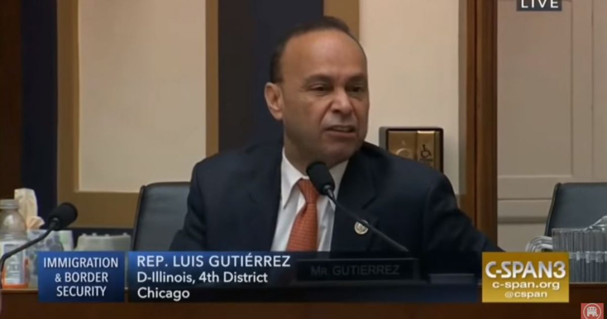 Photo of Watch: Unhinged Democrat Congressman Luis Gutierrez suggests Trump would help kill Jesus, storms out of hearing