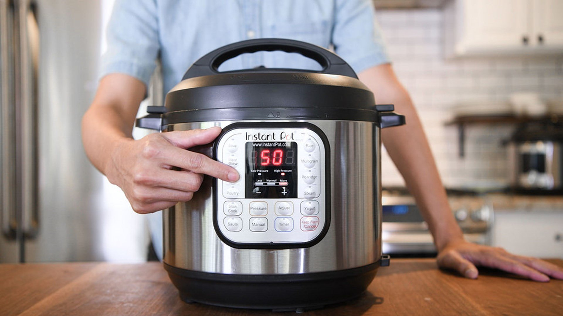 "Photo of Ocasio-Cortez Loves Her ""Instant Pot"" but Democratic Socialists Could Never Produce One"
