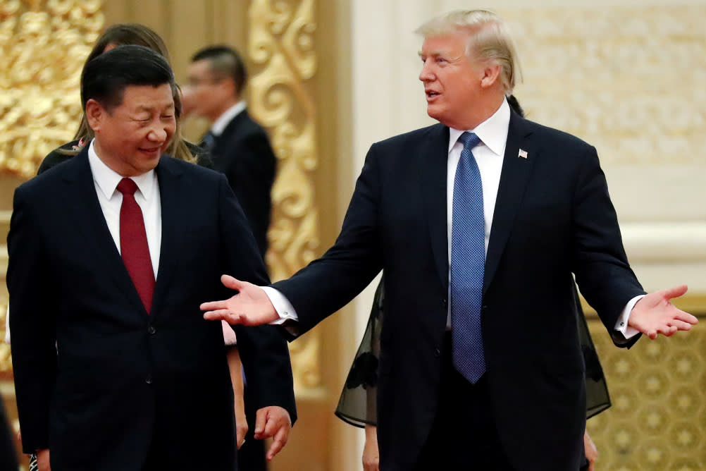 Photo of China Bows to Emperor Trump — Offers 6 Yr Plan to Reduce Trade Deficit to ZERO