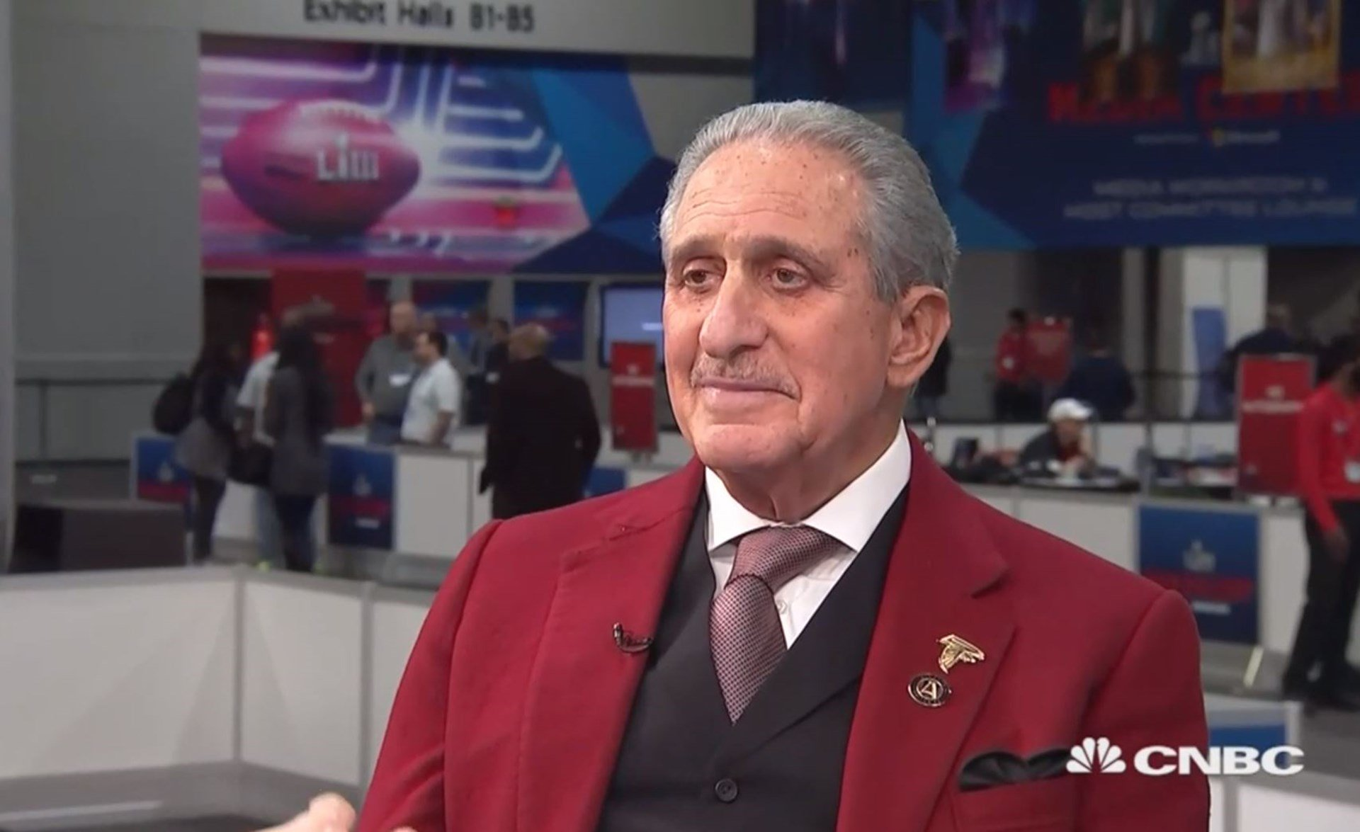 Photo of Falcons Owner Arthur Blank Will Collect All the Super Bowl Revenues — Even Though Taxpayers Own the Stadium