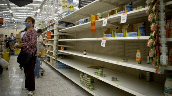 "Photo of Starving Venezuelans' Warnings To The U.S.: ""Socialism Is A Big Lie!"""