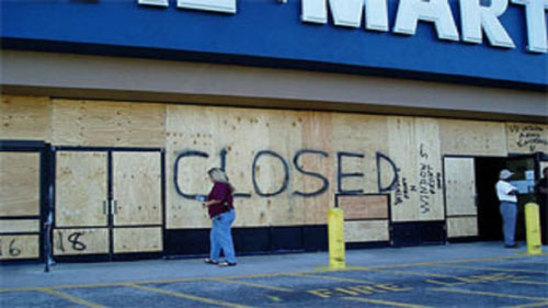 Photo of Report: 'No Light At The End Of The Tunnel' As A Wave Of Retail Stores Close