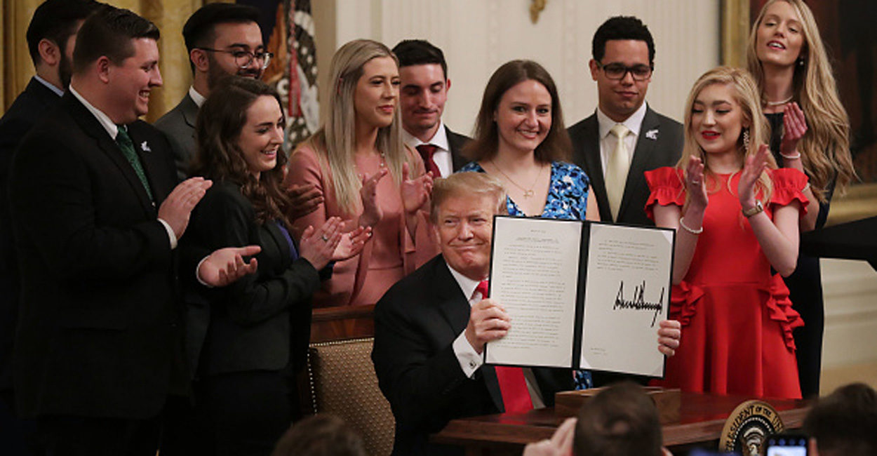 Photo of Trump's Executive Order to Colleges: Protect Free Speech or Risk Billions in Federal Grants