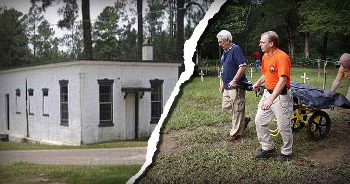 Photo of Florida Workers Find Dozens of Alleged Secret Graves at Juvenile Institution Where Boys Were Tortured & Raped