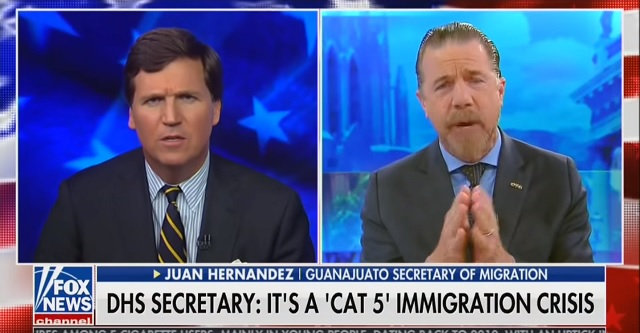 Photo of Mexican Official Starts Stammering After Tucker Asks Why Mexico Won't Let Migrants Remain There