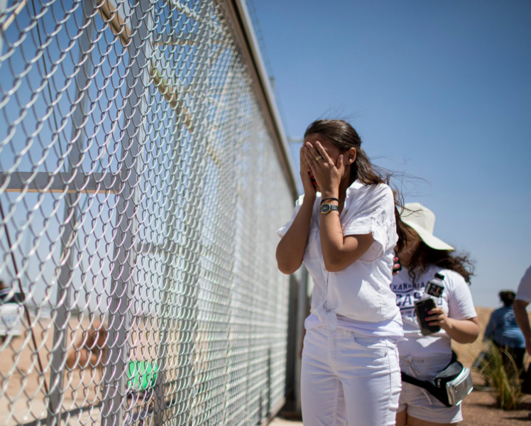 Photo of New Photos Showing AOC Hysterically 'Crying' — Just a Photo-Op at Empty Parking Lot