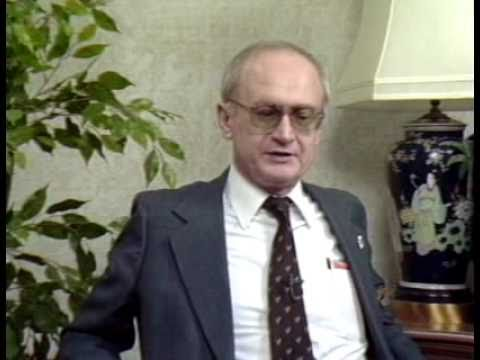 Photo of Yuri Bezmenov — The KGB Agent Who Predicted the Future