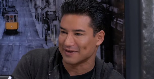 Photo of Mario Lopez Faces Access Hollywood Axe For Saying Transgenderism Shouldn't be Imposed on 3-Year-Olds