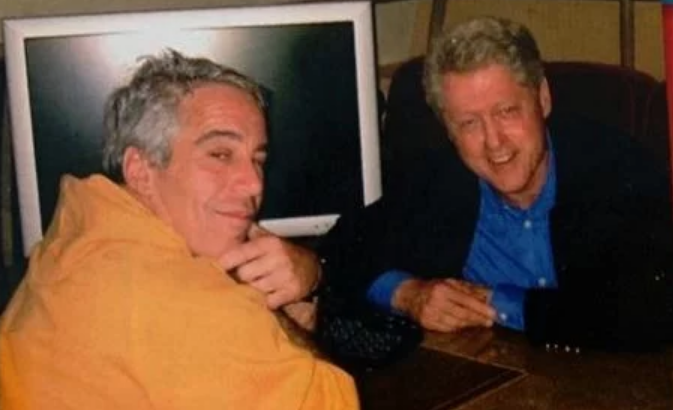 Photo of Woody Allen's Son Says Bill Clinton Was Credibly Accused of Rape, Clinton Camp Refuses Comment