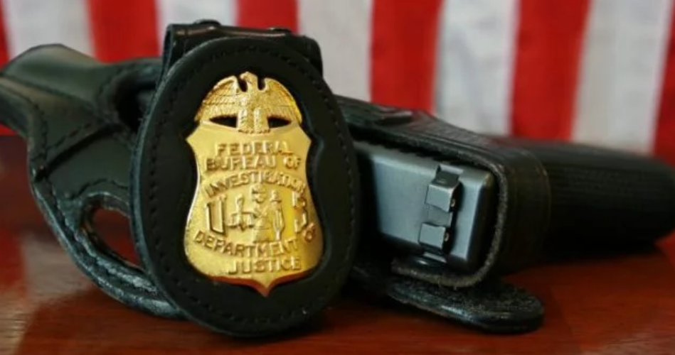 Photo of FBI launches massive sting, finds group of officers getting paid to protect cartel drug trafficking