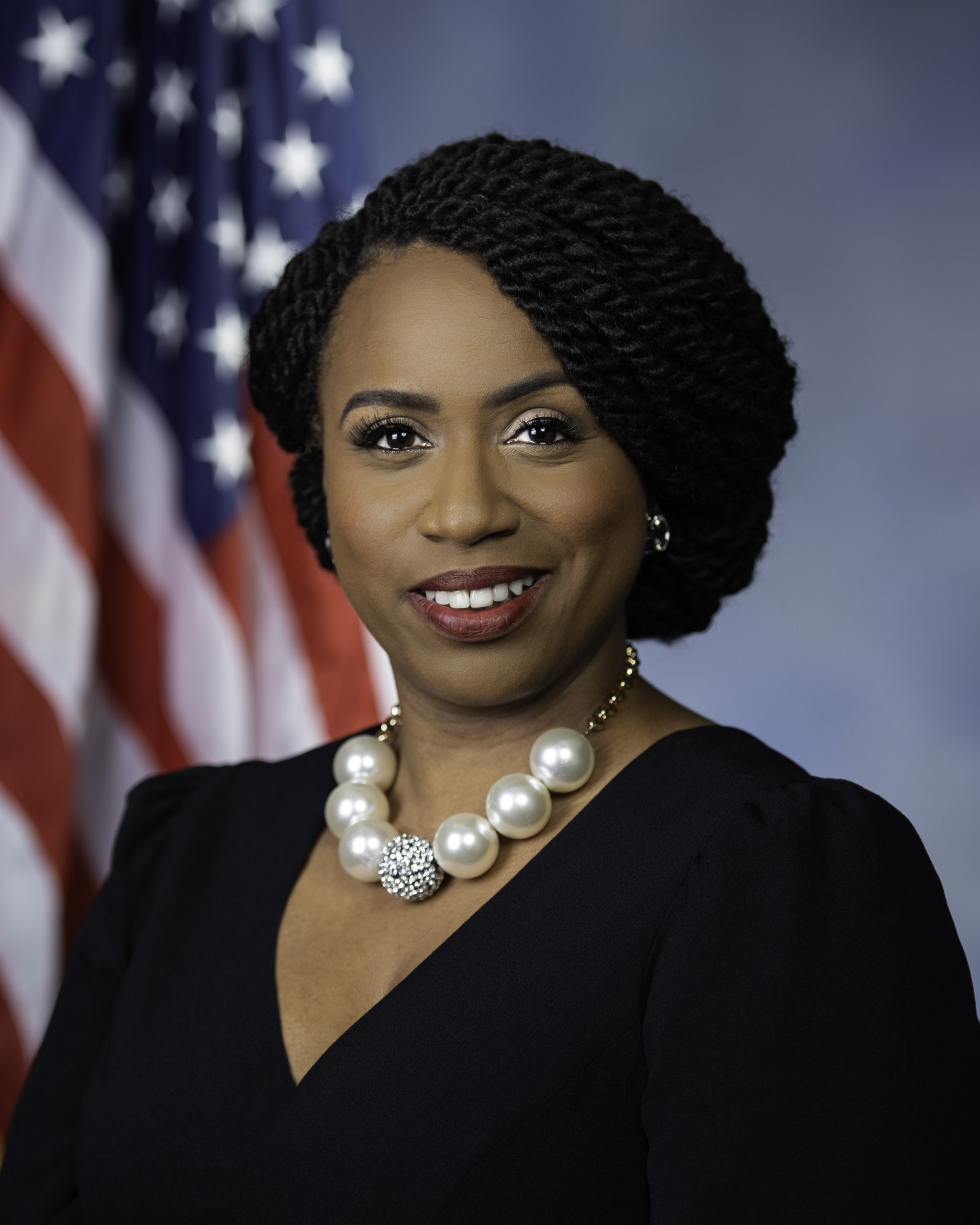 Photo of Ayanna Pressley Pushes $2.5 Billion Bill to Abolish Discipline in Public Schools Because Too Many Blacks Are Suspended/Expelled