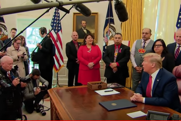 Photo of Trump Just Signed an Executive Order to Probe Unsolved Cases of Missing Native Americans