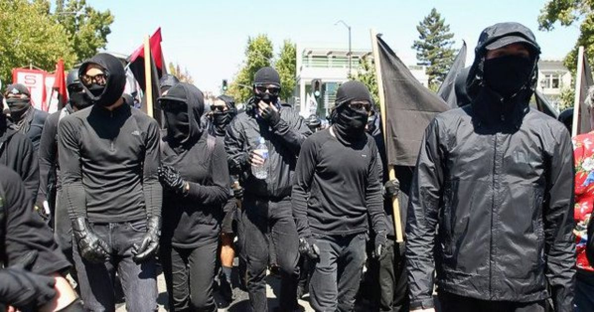 Photo of The Garbage Your Kids are Reading: Teen Vogue Claims That Antifa 'Aspires toward creating a better world'