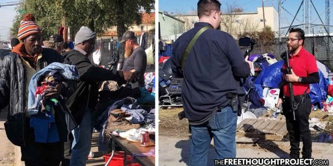 Photo of Dallas, Texas: Since Feeding the Homeless Is Illegal, Activists Carry AR-15s to Give Out Food, Supplies