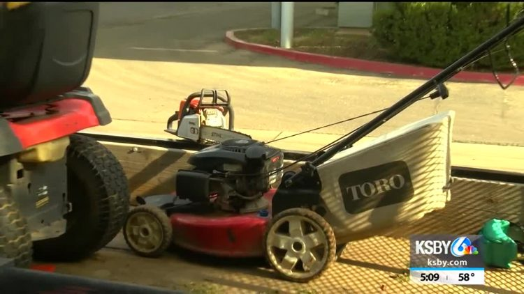 Photo of Liberal California Legislature Looks to Ban Gas-Powered Lawn Equipment — Because Climate Change