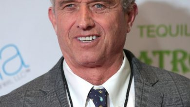 "Photo of Robert F. Kennedy, Jr: Bill Gate's ""Obsession With Vaccines… Fueled By Messianic Conviction… To Save The World With Technology & God-Like Willingness To Experiment With Lives Of Lesser Humans"""