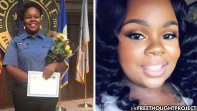 Photo of EMT, Fighting COVID-19, Murdered in Her Bedroom By Cops Raiding the Wrong Home—Lawsuit