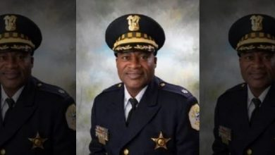 Photo of Chicago Deputy Chief Found Dead Inside Police Facility