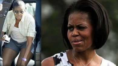 Photo of Video: Michelle Obama Tells Crowd She's A Sex Symbol, Instantly Regrets It
