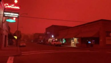Photo of A Sign Of The Times? Unprecedented Fires Have Turned Skies Bright Orange And Blood Red Over California And Oregon