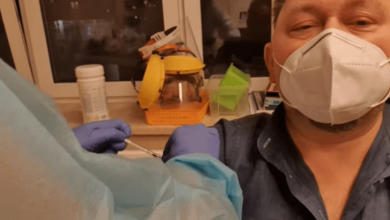 Photo of Doctor Mocks Anti-Vaxxers While Getting Experimental COVID Jab – Dies Days Later (Video)