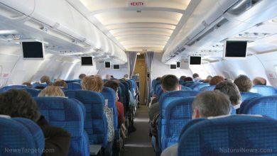Photo of Passengers on Delhi to Hong Kong flight TEST POSITIVE for the coronavirus despite testing negative before flying