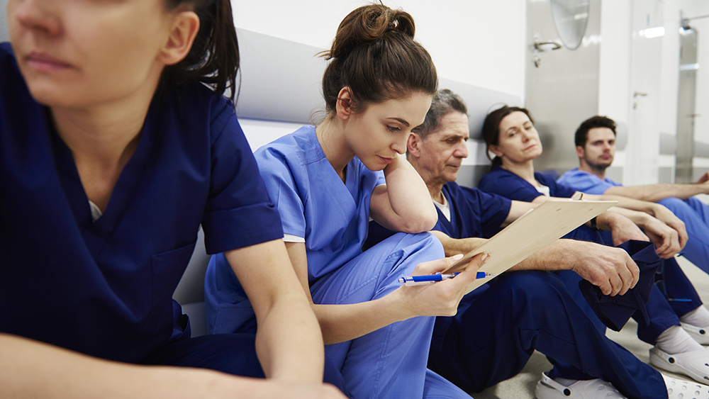 MEDICAL EXODUS: Nurse quits over tyrannical covid vaccine mandates