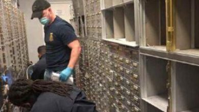 Photo of FBI Robs 800 Safety Deposit Boxes, Steal People's Life Savings, Claiming Cash Smelled Like Drugs