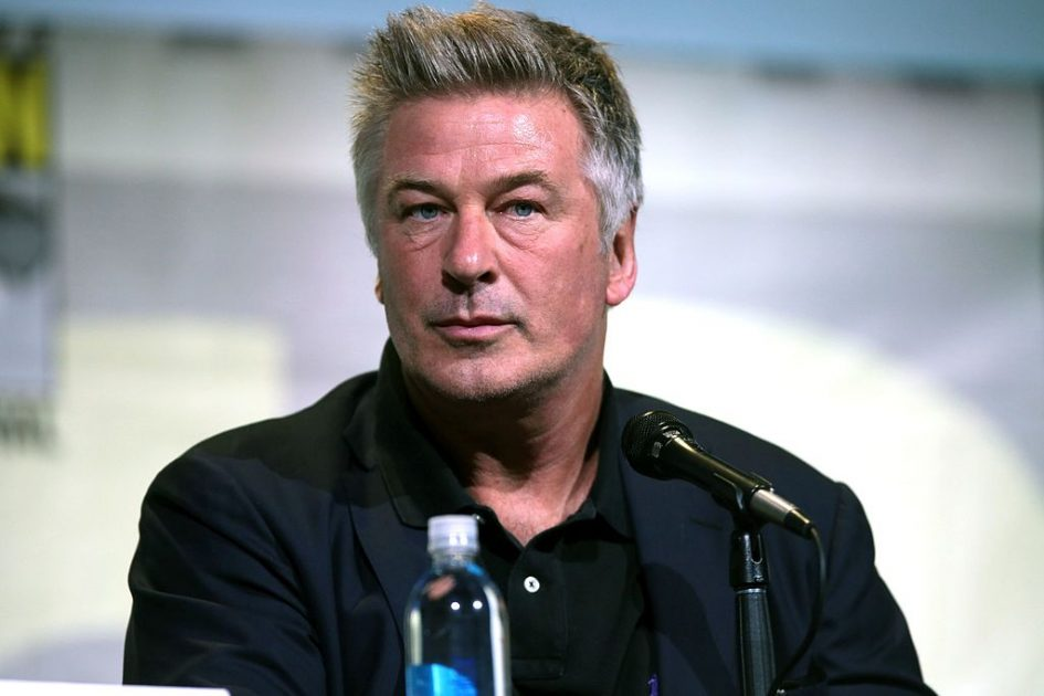"""BREAKING: Alec Baldwin accidentally shoots and kills cinematographer (and wounds film director) with REAL, functioning gun, not """"prop gun"""" as falsely reported by the fake news media"""